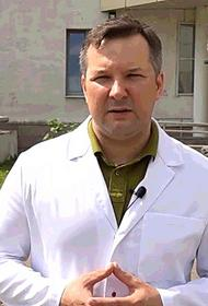 У девочки на борту самолета случился приступ гипотонии - ребенка спас глава Минздрава Иркутской области