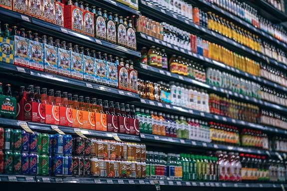 Эксперт предположил, какие магазины закроются первыми из-за предложения  Минфина