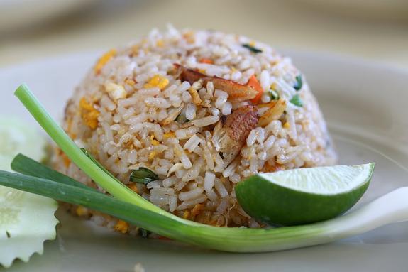 Российские  диетологи  высказались  по поводу мнения японских ученых о спасающем от ожирения рисе