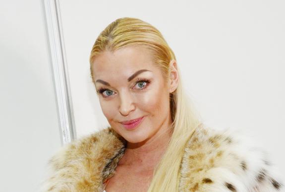 Балерина Анастасия Волочкова помирилась со своей мамой