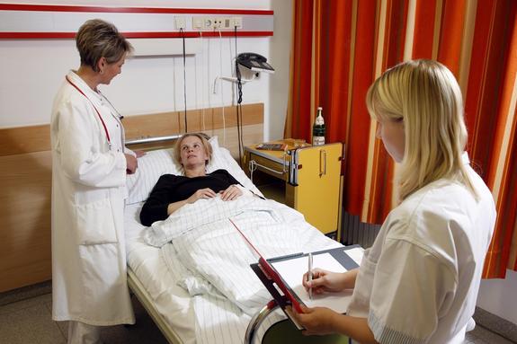 Восемь симптомов образования раковой опухоли в почках перечислили специалисты