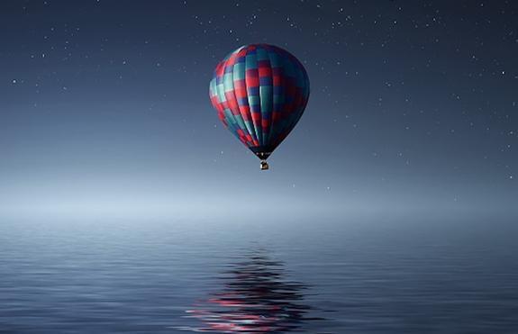 В Крыму возбудили дело после того, как воздушный шар с ребенком едва не унесло в море
