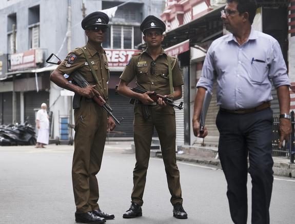 Из-за угрозы новых терактов на Шри-Ланке усилили охрану мостов