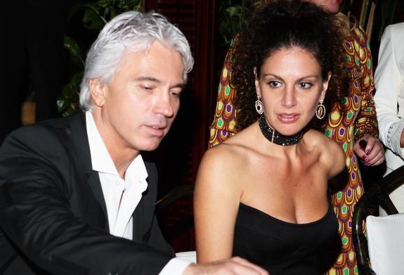 Вдова Хворостовского показала совместный снимок с мужем и призналась ему в любви