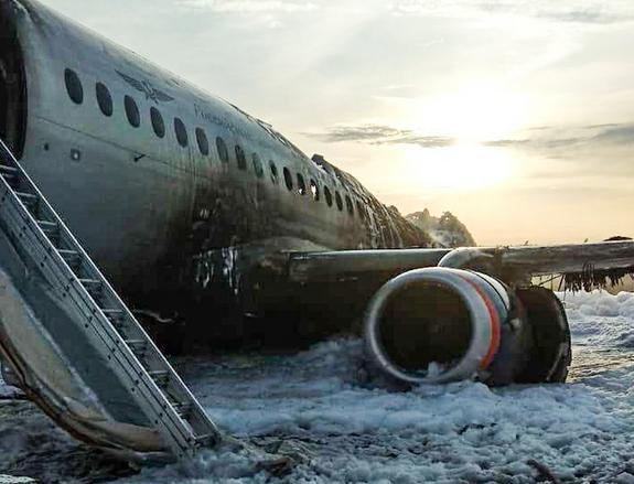 """""""Ъ"""": названа приоритетная версия катастрофы в Шереметьево"""