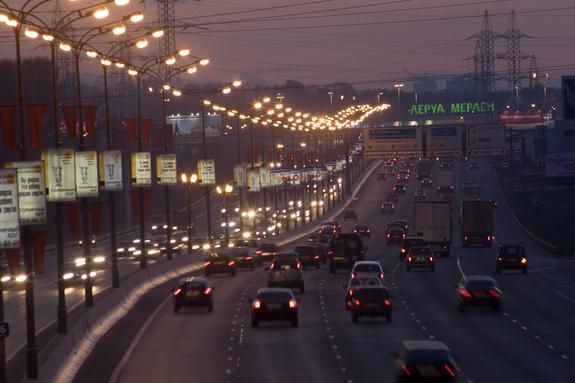 Движение восстановлено на МКАД после аварии, заблокировавшей четыре полосы