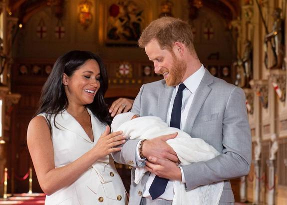 СМИ: принц Гарри и герцогиня Меган не имеют полной опеки над своим сыном