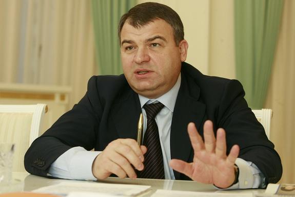 Анатолий Сердюков назначен председателем совета директоров ОАК. Какие задачи ему предстоит решить