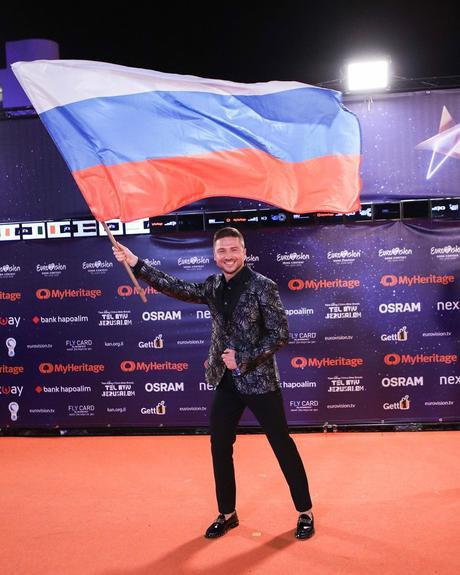 """Лазарев на Eвровидение приехал со своим  """"близким другом"""", теперь мало кто  сомневается в его ориентации"""