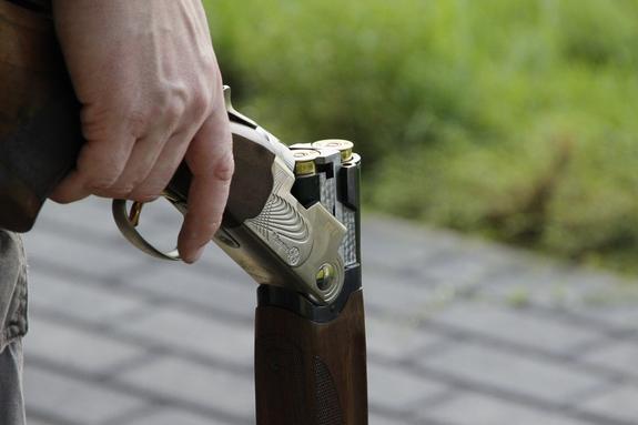 Школьник из Рязани по неосторожности убил друга из отцовского ружья
