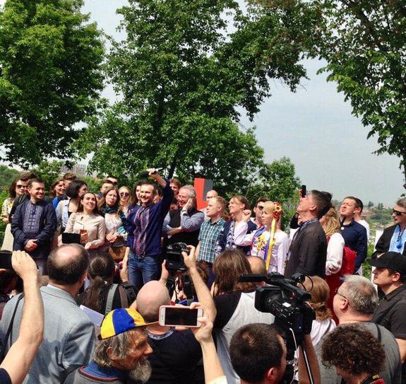 Украинский музыкант Святослав Вакарчук объявил об участии в выборах в Верховную раду