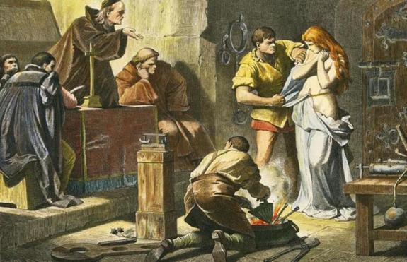 Жестокость без границ: как и за что в средние века наказывали женщин