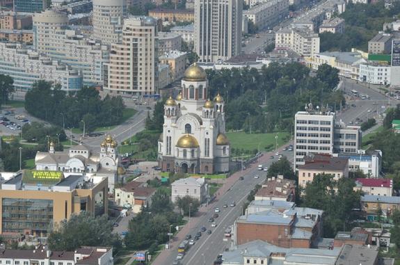 Строительство храма в Екатеринбурге оказалось для властей нелегкой задачей