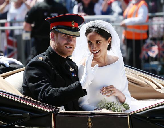 Принц Гарри и герцогиня Меган обнародовали закулисные фото со своей свадьбы