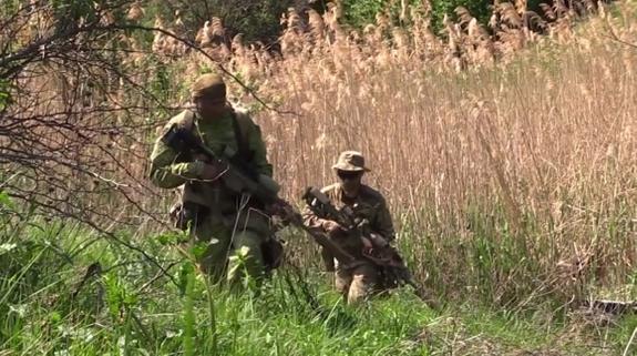 Восемь украинских военных  попали в плен в ДНР