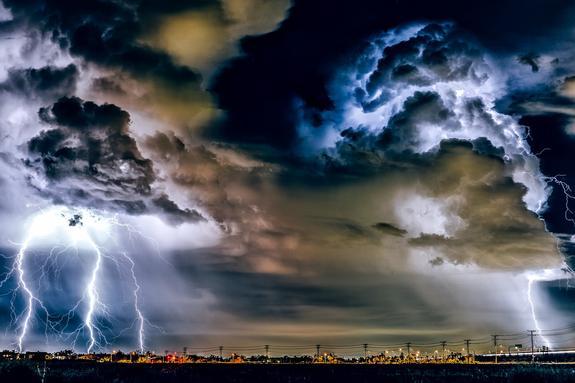 Кратковременные дожди и грозы ожидаются в четверг в Москве и Московской области