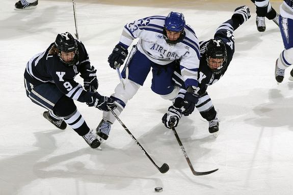 Журналистка из США назвала манеру игры россиян в хоккей «лёгкой атлетикой»