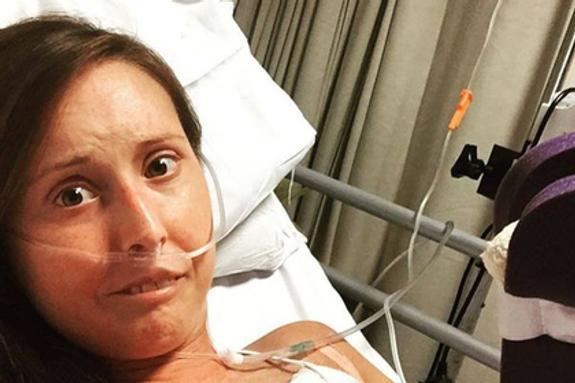 Женщина, у которой диагностировано редкое заболевание,  перенесла 30 ампутаций за шесть лет