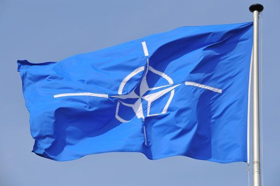 """НАТО  разработает новую военную концепцию из-за """"ядерной угрозы"""" РФ"""