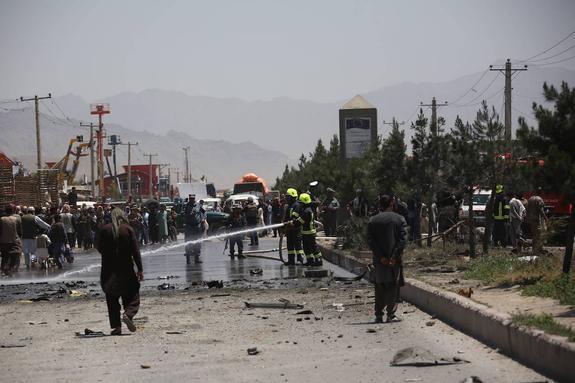Количество погибших и пострадавших при взрывах в Кабуле увеличилось