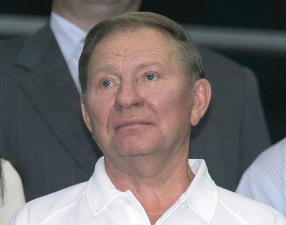 Зеленский назначил Кучму представителем Украины в контактной группе по урегулированию в Донбассе