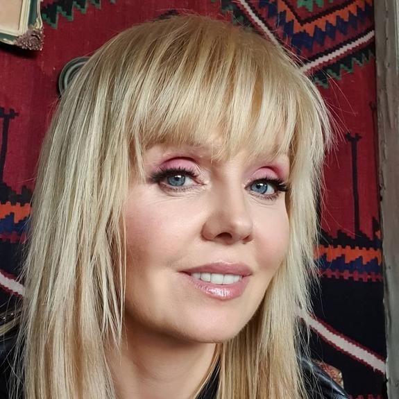 Певица Валерия высказалась против участия детей звезд в песенных конкурсах после скандала на шоу «Голос.Дети»