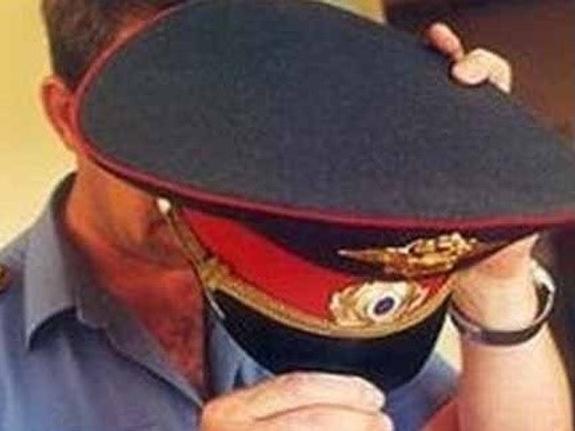 """Пикантная сцена в """"Мертвом озере"""" возмутила питерского полицейского"""