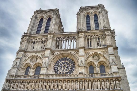 Жителям Парижа рекомендуют проверить кровь на свинец из-за пожара в Нотр-Даме