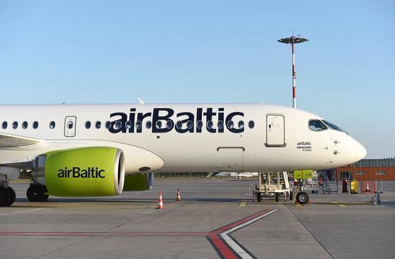 Латвийская авиакомпания airBaltic выплатит компенсации пассажирам