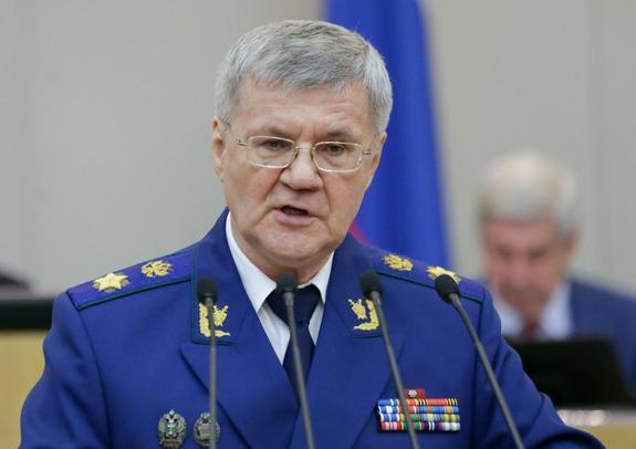 Генеральный прокурор России Юрий Чайка выступил за возвращение прокурорам права на аресты