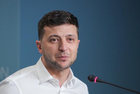 Депутат Рады заявила об абсурдном продолжении политики Порошенко на Украине