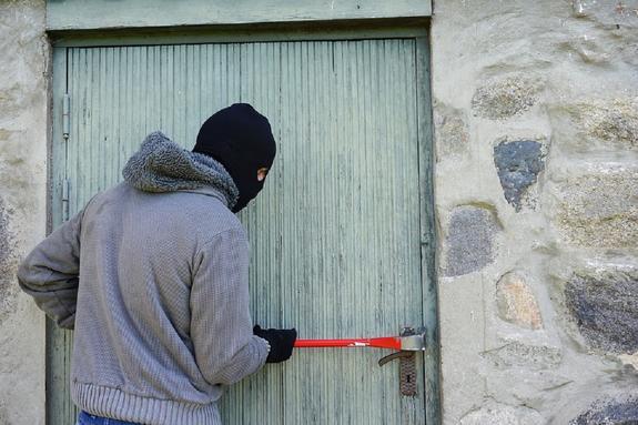 В Клину задержали вора, который совершил более 20 краж