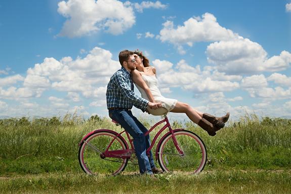Большинство людей влюбляется в один и тот же типаж, рассказали учёные