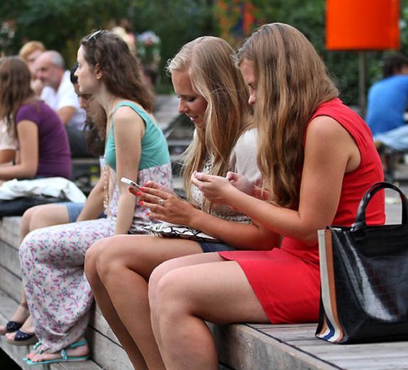 В России выпускникам вузов начнут выдавать электронные дипломы