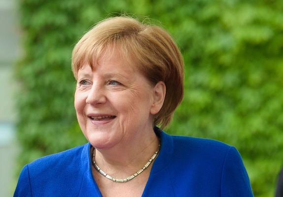 Стали известны темы предстоящих переговоров Меркель и Зеленского