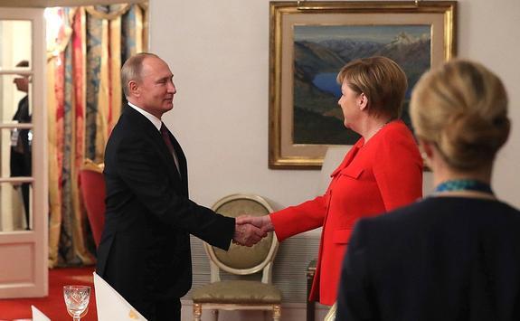 Немецкий депутат объяснил, как улучшить отношения с Россией