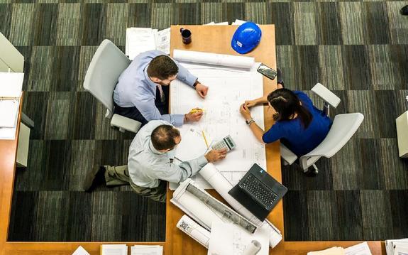 Медики: работа в офисе опасна для здоровья