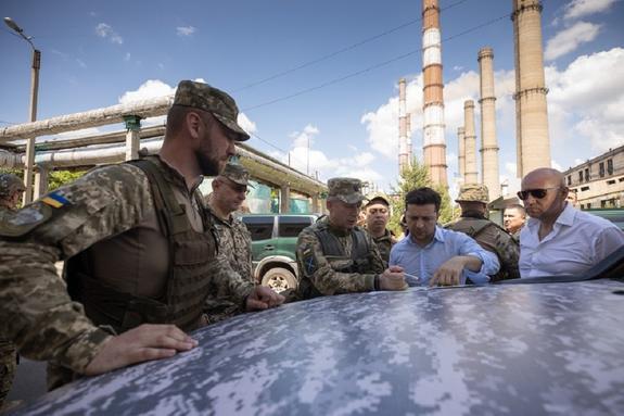 СМИ узнали детали готовящегося плана команды Зеленского по возвращению Донбасса