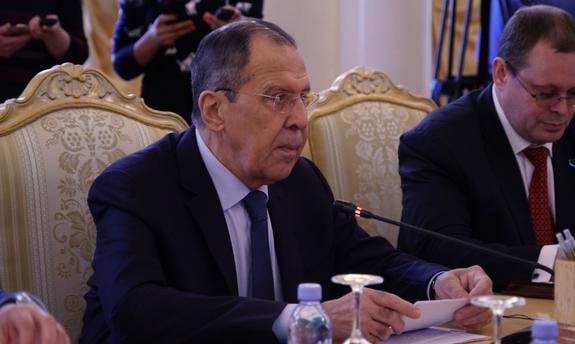 Лавров надеется, что новое правительство Украины выполнит минские соглашения
