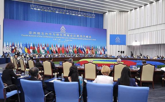 Нужно ли России вступать в «азиатское НАТО»?