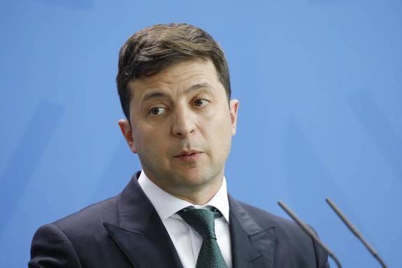 """Зеленский заявил, что """"сойдет с ума"""", если не переедет из здания президентской администрации"""