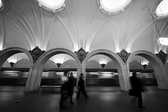 Пьяный зацепер задержан в московском метро