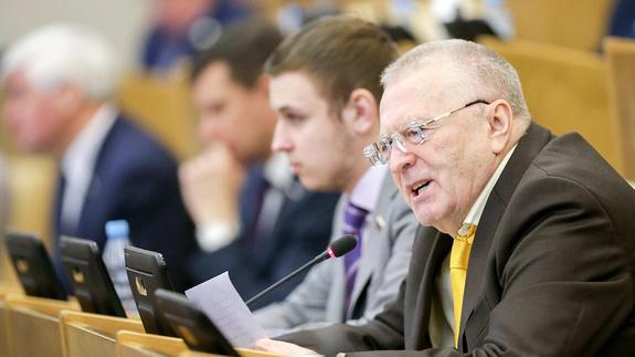 Жириновский предложил объединить Москву с МО и вернуть Петроград