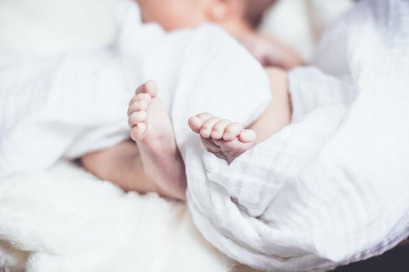 Познер назвал «античеловеческой» позицией решение РПЦ защитить «права эмбрионов», введя запрет на аборты
