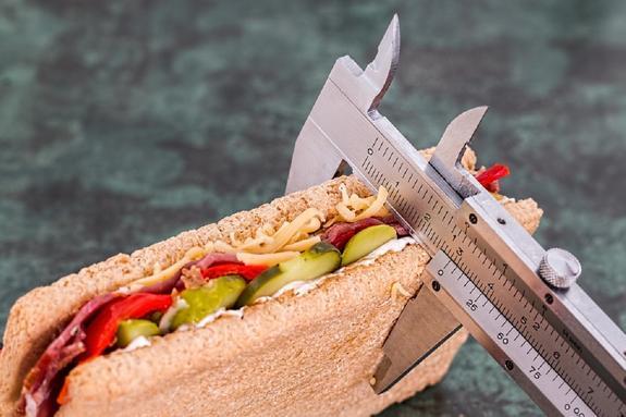 Диетолог: как правильно похудеть и не получить проблем с сердцем