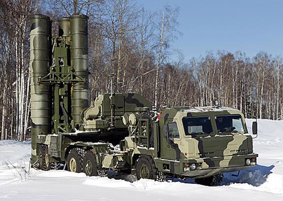 Россия начала поставки ЗРС С-400 в Турцию