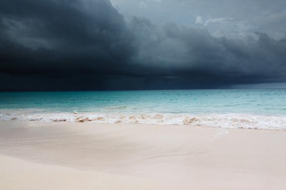 """Жертвой урагана """"Дориан"""" на Багамских островах стал ребенок"""