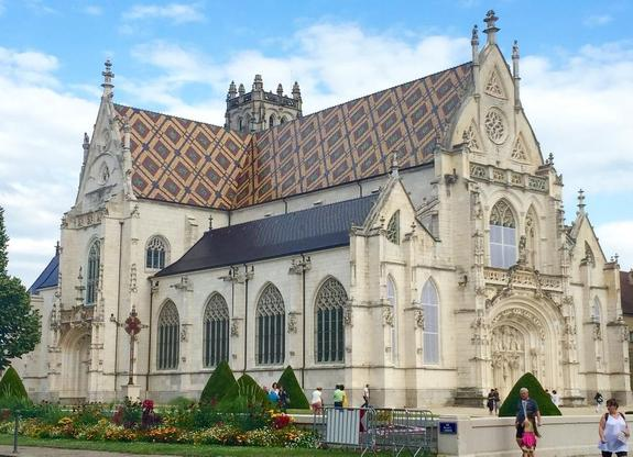 Мэр французского города оштрафован за матриархат
