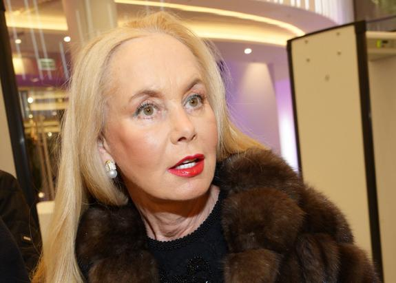 Нелли Кобзон объяснила, почему родные Анастасии Заворотнюк не общаются с журналистами
