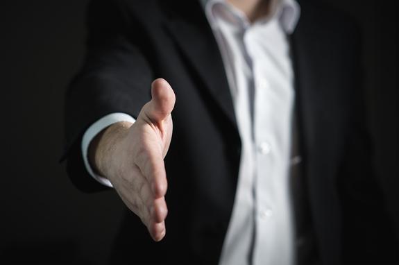 Топ-менеджера «Аэрофлота» и адвокат задержаны по делу о мошенничестве